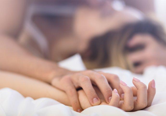 najbolji lezbijski porno besplatno