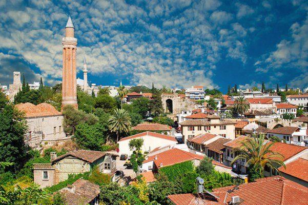 turkey-antalya-panoramic-view-old-town