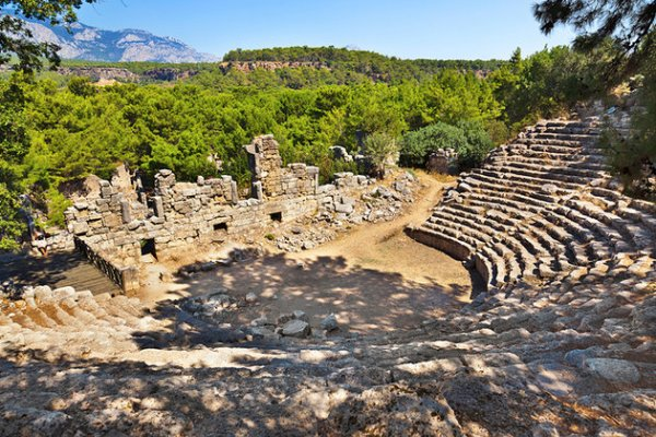 turkey-antalya-theatre-phaselis