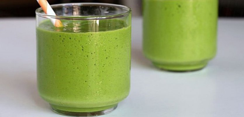 tropical-green-smoothie-31