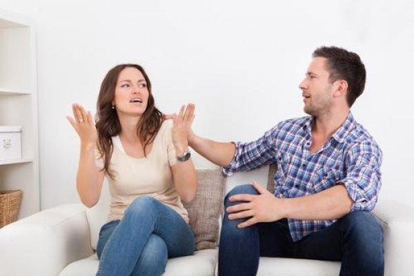 Druženje s momkom uživo u djevojci