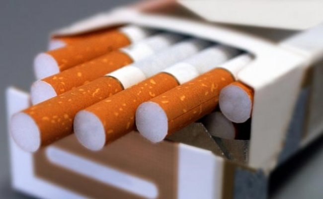 Debele žene koje daju pušenje