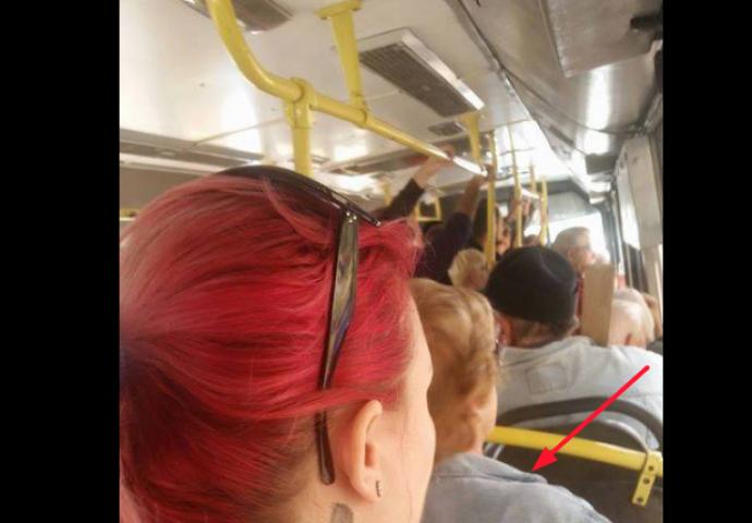 vratu djevojkacrna dlakava maca masturbira