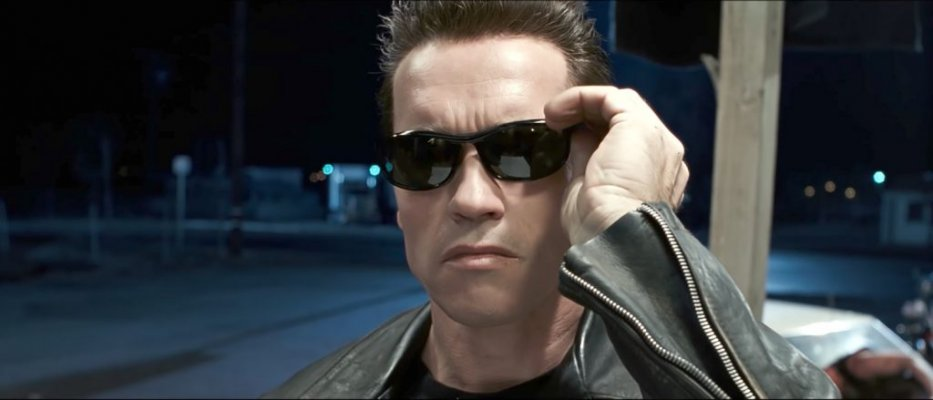 sunglasses-arnold-schwarzenegger-in-terminator-2-judgment-day